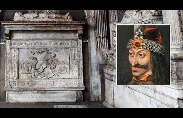 La tomba di Dracula a Napoli